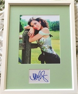 Jennifer Connelly autograph matted & framed with 8x10 photo