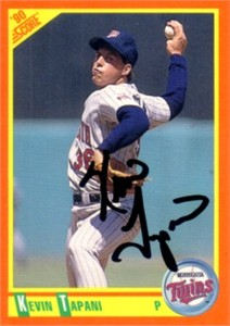 Kevin Tapani autographed Minnesota Twins 1990 Score Traded Rookie Card