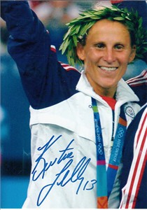 Kristine Lilly autographed 2004 U.S. Olympic gold medal ceremony 5x7 photo