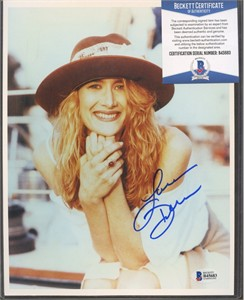 Laura Dern autographed 8x10 portrait photo (Beckett Authenticated)