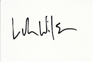 Luke Wilson autographed index card