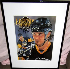 Mario Lemieux autographed Pittsburgh Penguins 1992 Legends magazine cover matted & framed