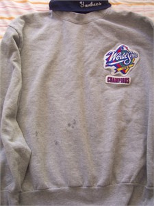 New York Yankees 1999 World Series Champions Majestic sweatshirt
