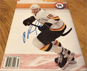 Pavel Bure autographed Vancouver Canucks 1992 Beckett Hockey magazine