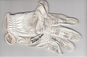 Pearl Sinn autographed LPGA Kraft Nabisco Championship tournament used or worn Callaway golf glove