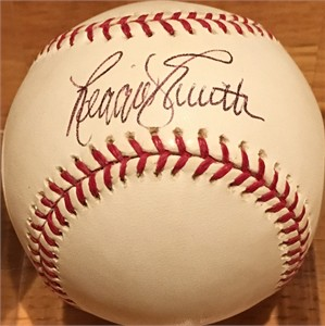 Reggie Smith autographed MLB baseball