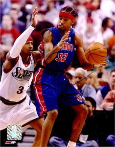 Richard (Rip) Hamilton autographed Detroit Pistons 8x10 photo