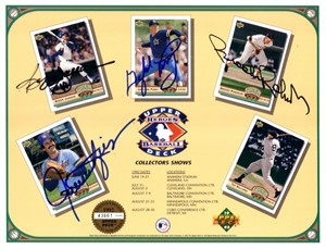 Rollie Fingers Reggie Jackson Gaylord Perry Brooks Robinson autographed 1992 Upper Deck card sheet