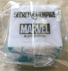 Secret Empire Marvel 2017 Comic-Con promo glow in the dark cosmic cube