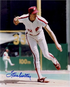 Steve Carlton autographed Philadelphia Phillies 8x10 photo