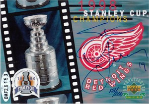 Steve Yzerman autographed Detroit Red Wings 1998 Stanley Cup Champions card #100/200 (UDA)