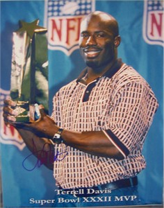Terrell Davis autographed Denver Broncos Super Bowl 32 MVP 11x14 photo