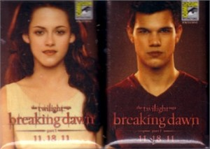 Twilight Breaking Dawn movie 2011 Comic-Con promo 2 pin set (Bella Jacob)