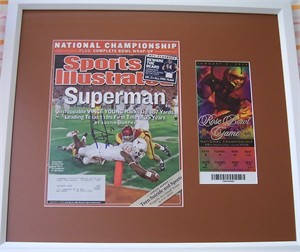Vince Young autographed Texas Longhorns 2005 National Championship Sports Illustrated cover framed with 2006 Rose Bowl ticket
